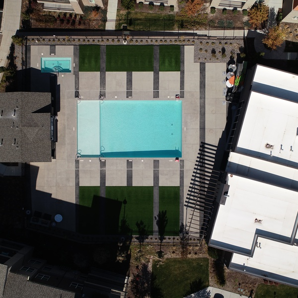 Aerial Birds-Eye - Real Estate - Architecture