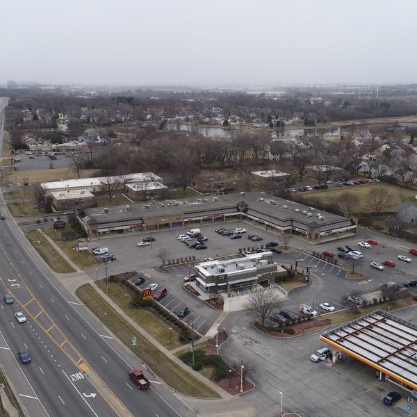 Strip Mall, IL