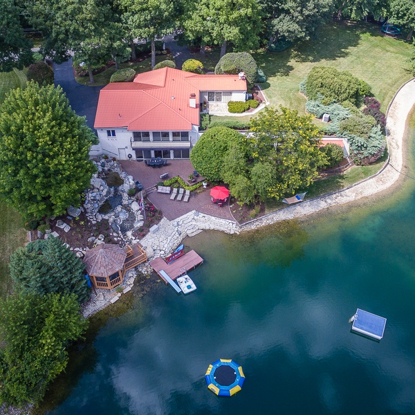 Residential real estate lakefront property