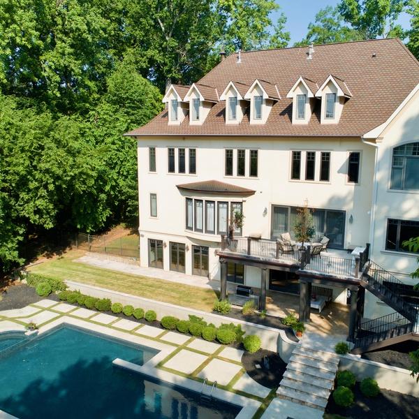 Real Estate Savvy Realty