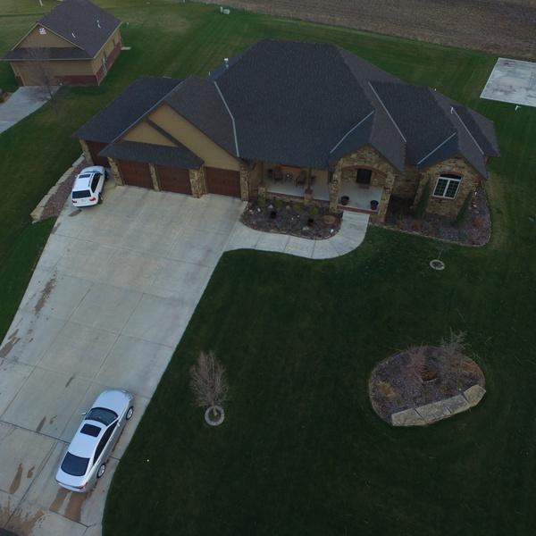 Roy Real-Estate, Top Angle