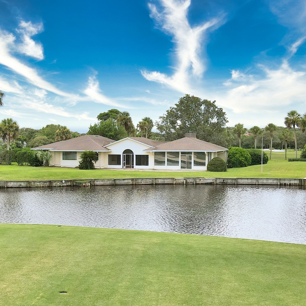 golf course image for real estate - reworked sky