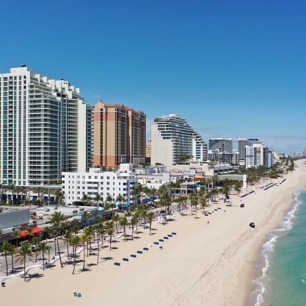 Fort Lauderdale Beach empty