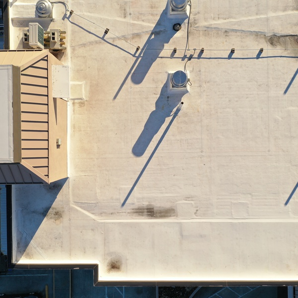 Hotel_Roof_01
