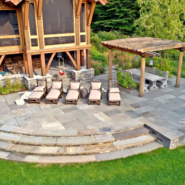 Landscape Design - Patio with Pergola