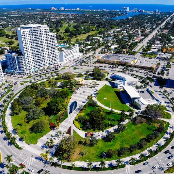 Hollywood Circle, FL