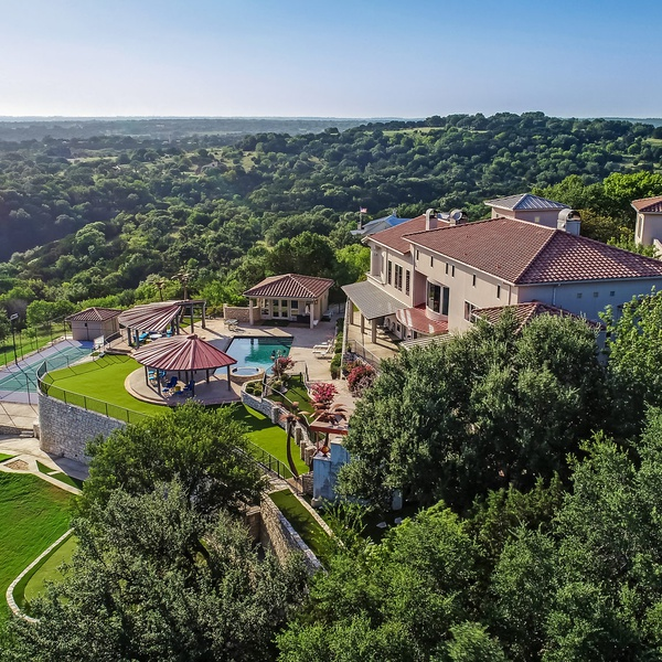 Aerial View - Lakefront Luxury