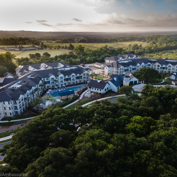 Apartment complex in Hill Country