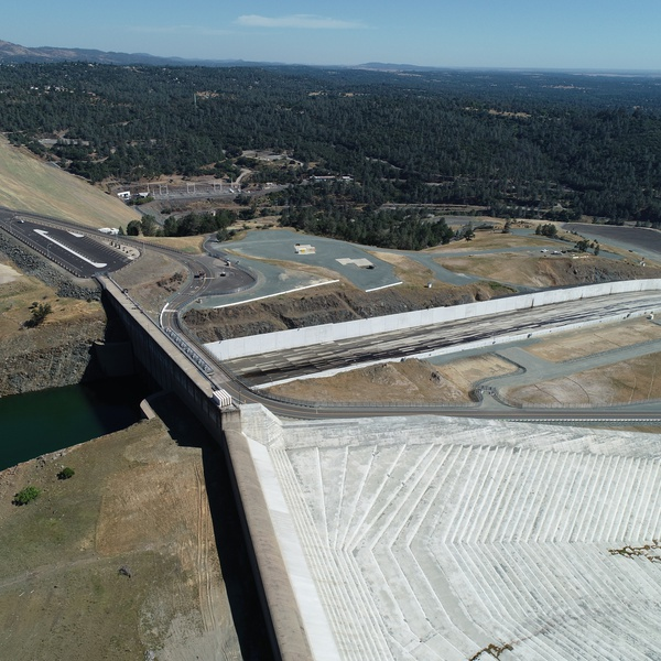 Oroville Dam completed spillway repair
