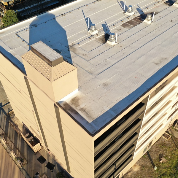 Hotel_Roof_02