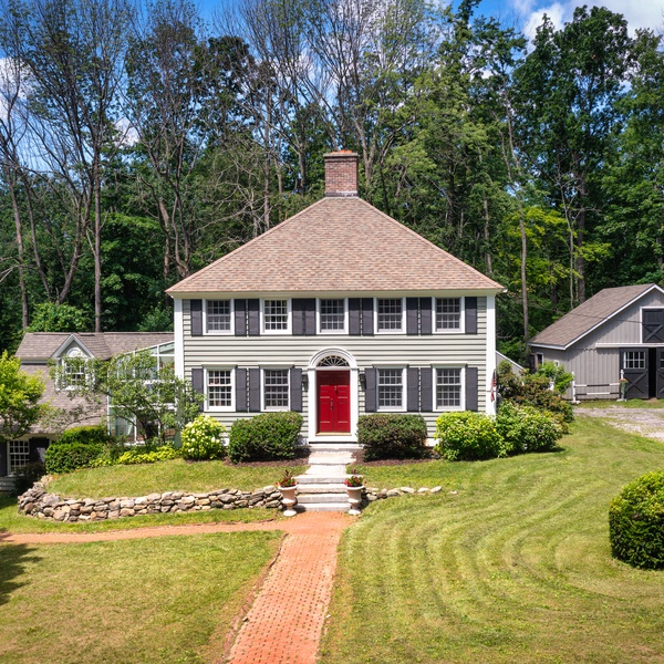 Real estate photography in New Hartford, CT